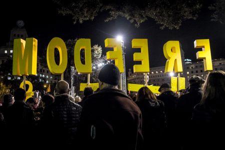Catalonia-unrest-01