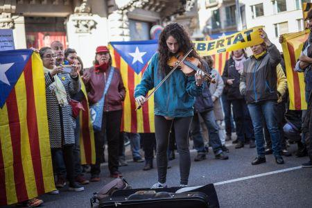 Catalonia-unrest-09
