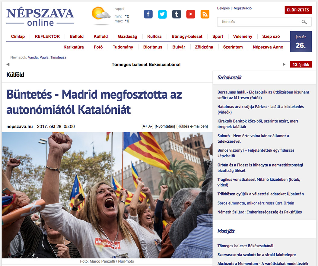 Woman screaming for Catalonia independence in Barcelona. Tearsheet from Nepszava online.