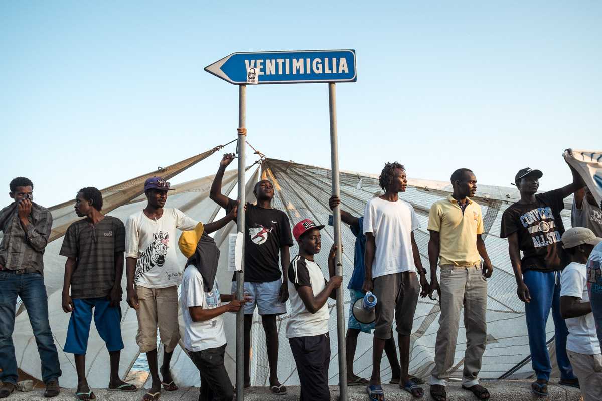 Migrants in Ventimiglia in the summer of 2015